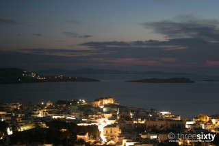 about mykonos sea side studios night life