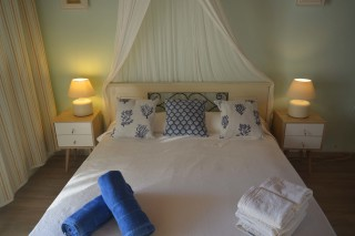 double studio sea side bed for two