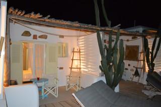 double studio sea side night view