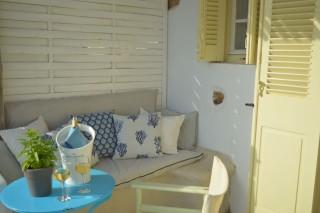 double studio sea side veranda sofa