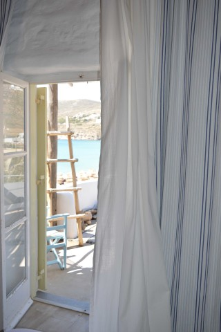 double studio sea side window