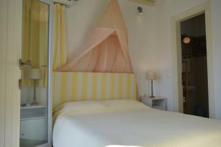 house 1 sea side studios bedroom