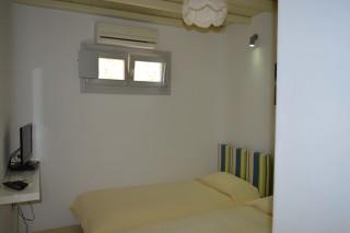 house 1 sea side studios bedrooms