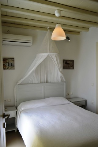 suite sea side mykonos-01